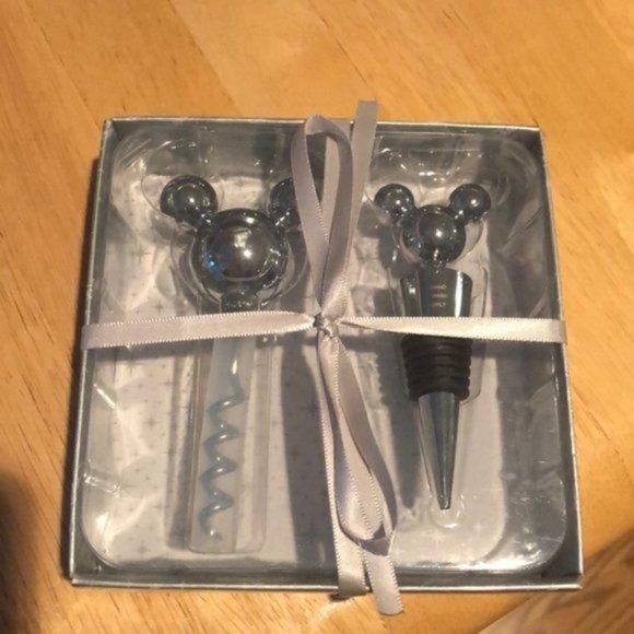 NWT Disney Mouse Corkscrew & Wine Stopper Set